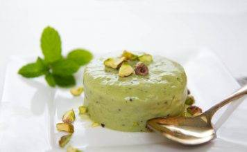 Delicious Indian summer recipes - ice cream on a plate