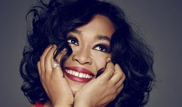 Shonda is a real beauty herself - her smile and her hair is pretty - the both light up the world