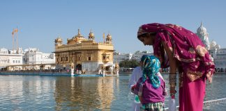 Fascinating Destinations and Tips for Women Travelers on a Budget India Amritsar Golden Temple 1247052 324x160 - Home