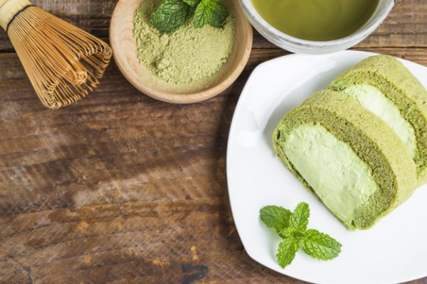 Matcha Tea Powder Vs. Green Tea: Which One is Better? matcha sponge-cake-matcha-tea_1205-136